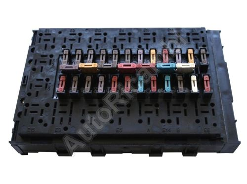 Fuse box Iveco TurboDaily - with fuses